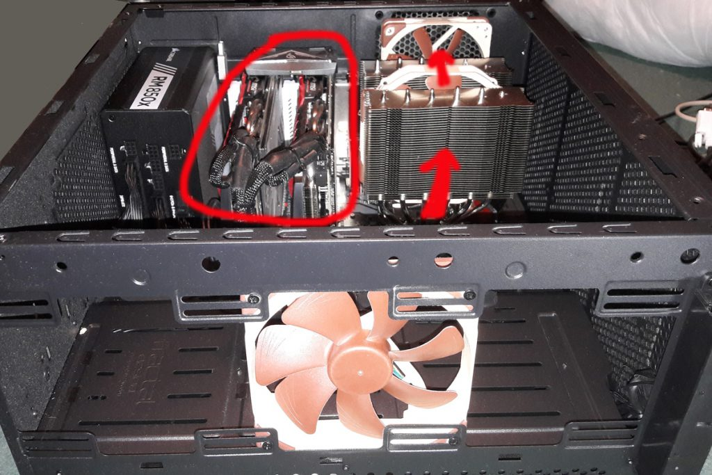 The current airflow largely bypasses the hot graphics cards (Image: BIUK)